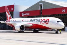 Phoenix Qantas Boeing 787-9 VH-ZNJ '100 Years' 1/400