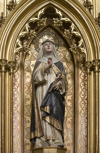 St Catherine of Sienna Statue