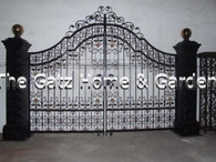 LARGE VICTORIAN STYLE DRIVEWAY ESTATE ENTRY GATE WITH LARGE POSTS, 12.5FT WIDE