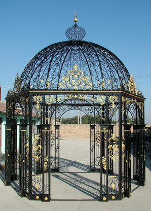 HEXAGON SHAPED IRON VICTORIAN GAZEBO, DOMED TOP, VERY INTRICATE 50-03353A, INCLUDES TEMPERED GLASS