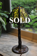 Handel Pine Needle Overlay Boudoir Table Lamp Green Glass Crocked Tree Base
