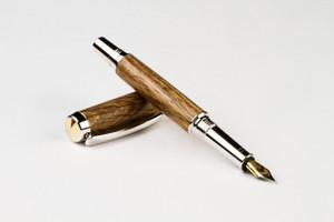 Old Harvard Yard Red Oak Fountain Pen