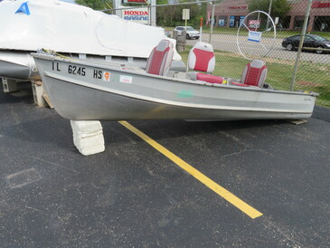 Sea King Aluminum 12' Deluxe Row Boat