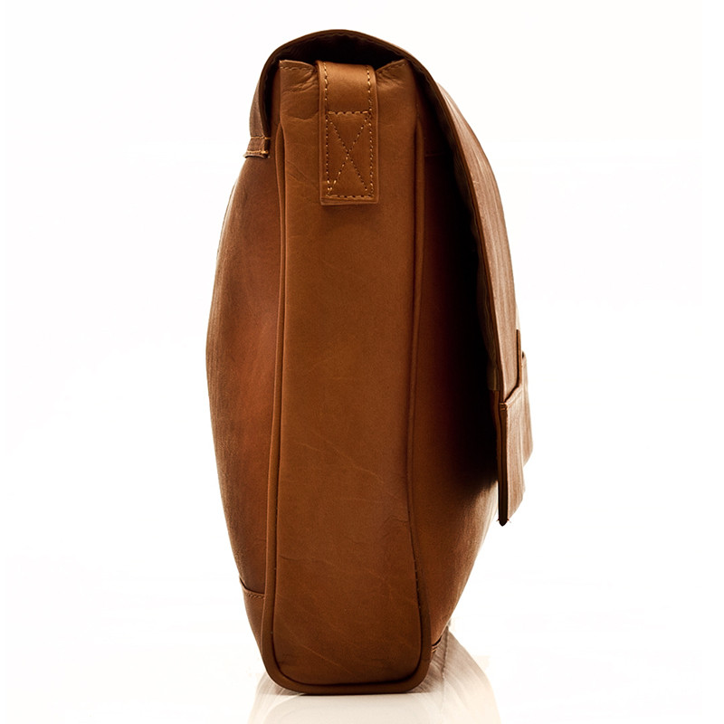 Muiska - Berlin - Classic Messenger Bag - detachable all leather adjustable strap
