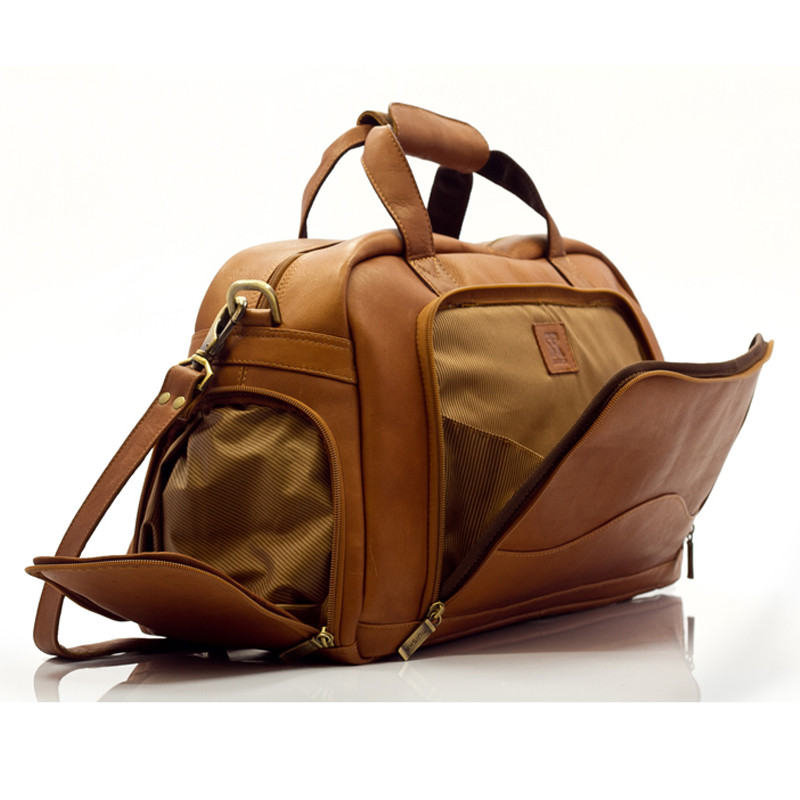 Muiska - Luis - Small Duffel Bag has a sizable zippered front pocket
