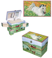 Horse Hideaway Musical Jewelry Box