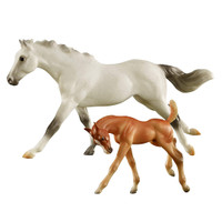 Breyer Freedom Series Racing the Wind, Thoroughbred Mare & Foal Set