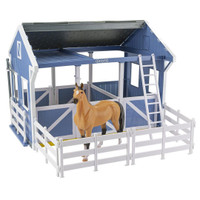 Breyer Deluxe Country Stable & Wash Stall, Freedom Series