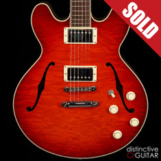 Collings I35 Deluxe Semi Hollow Quilted Scarlet Sunburst
