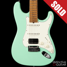 Suhr Classic Antique Roasted Recovered Sinker Maple #8 Surf Green