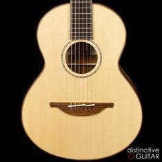 Lowden Guitars WL-35 Wee Lowden Myrtle / Sitka Spruce