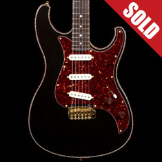 Red Rocket StyleSonic Stratocaster Black Space Gold