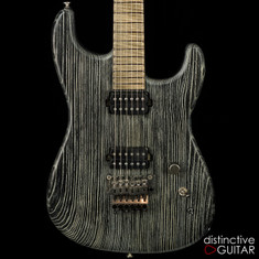 Luxxtone El Machete Black / White w / Floyd Rose