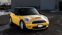 2007-2015 Mini Cooper (R50/52/53) Air Lift Kit with Manual Air Management - front view