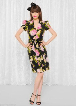 BETSEY JOHNSON BETSEY BOUQUET SHORT SLEEVE DRESS Cup of Coffee Pink Yellow Roses