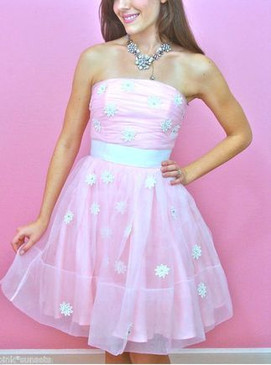 Betsey Johnson Evening Flower in Window Pink White Dress Prom Party  Dresses