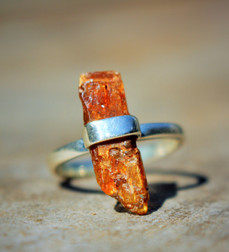 Orange Kyanite Ring Slice - Size 8