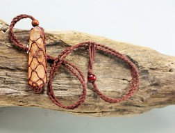 Medium point hemp cage Necklace - Brown
