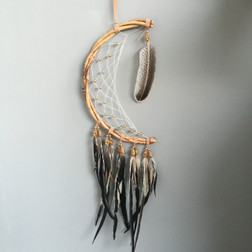 BEAUTIFUL TRIBAL DREAMCATCHER  HALF CIRCLE RATTAN WITH TRIBAL COLOUR & SOFT GOLD BEADS.  WITH NATURAL LONG FEATHERS  30CM