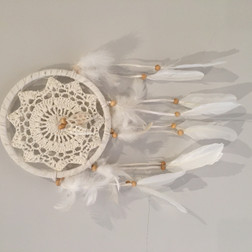Dream Catcher - Lace with shells