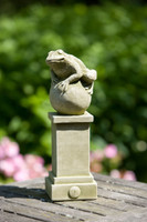 Campania Stone williamsburg fence post frog.