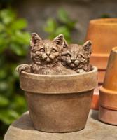Campania Stone sprouts kittens statue.