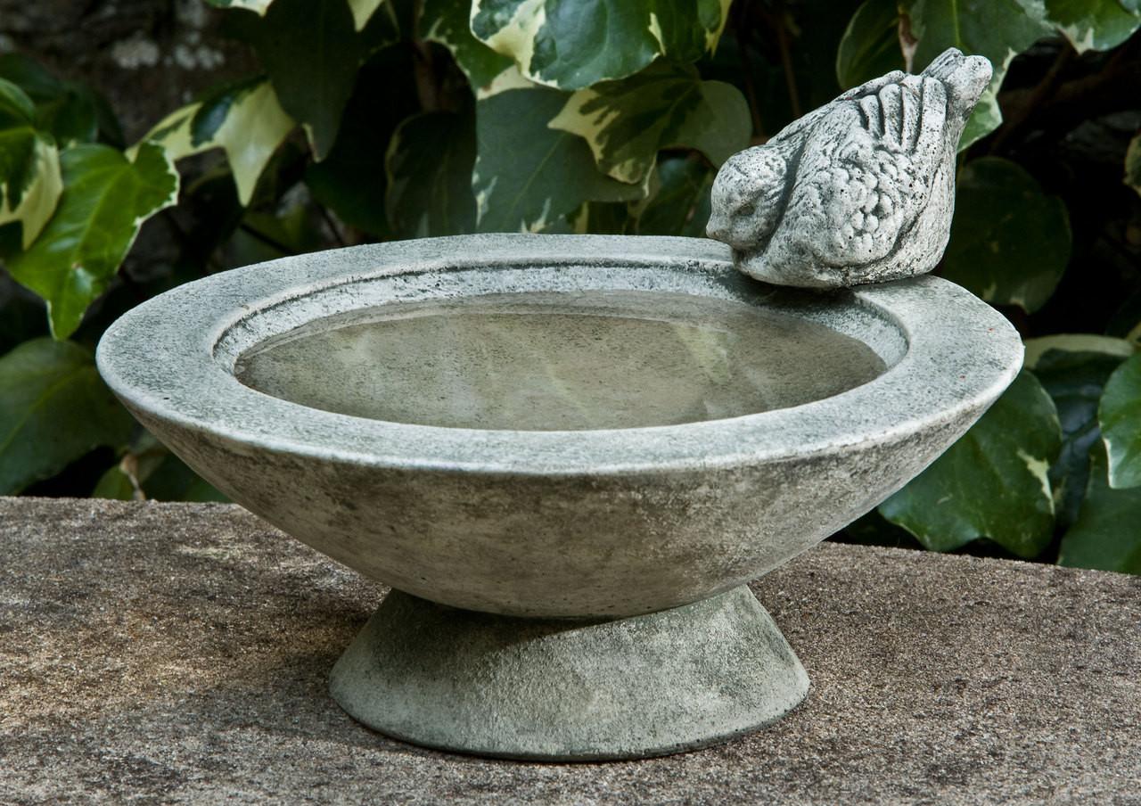 Campania Stone songbirds rest birdbath.