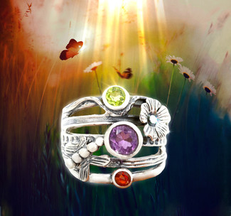 Return To The Garden Of Eden Purity Ring - Peridot, Amethyst and Red Onyx