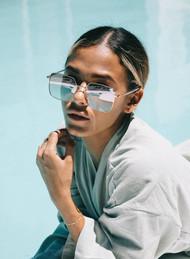 The Otra Roadie Sunglasses- Gold