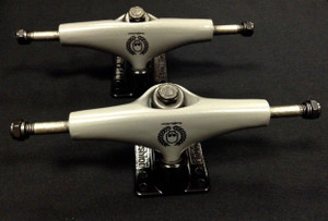 Skateboard Trucks - Grey