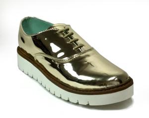 Perla Armenta - Gold Moccasin Shoes