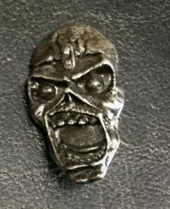 """Iron Maiden - Piece of Mind Eddie 2"""" Metal Badge Pin"""