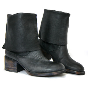 Untitled Vintage - Heres Black Leather Ankle Boots