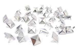 Mini Chrome Pyramid Studs 100 pieces