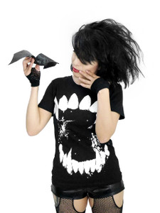 Wolf Fangs Creepy Girls T-Shirt