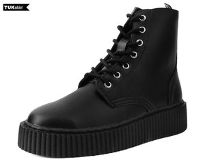 T.U.K. Shoes - A9498 Black TUKskin™ Casbah Boot