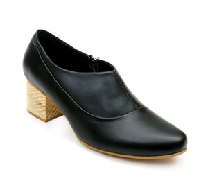 Helena Black Leather Loafers with Block Heel by Mitu