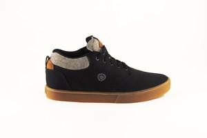 Black & Gum Chukka Lakota Sneaker