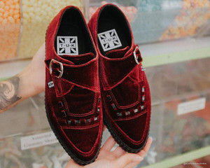 Burgundy Velvet Pointed Creepers with Buckles