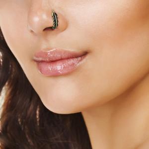 L Bens Leaf Nose Crawler Stud Piercing