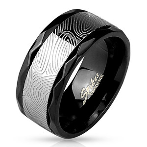 Black Mokune-Gane Spinner Center with Faceted Edges Stainless Steel Ring