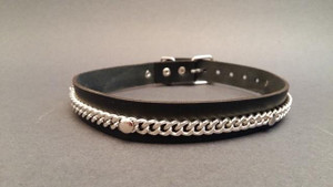 Leather Chocker with Chain Line