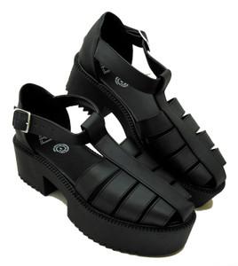 Black Platform Strapped Sandals