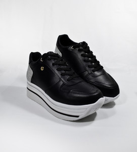 XANA - Casual Black and Silver Platform Sneakers