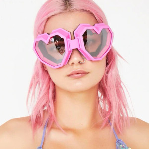 Pink Heart Shaped Snowboard Goggles
