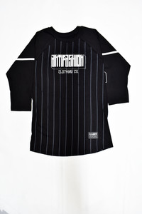Giant Black Raglan T-Shirt
