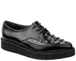 A8833 Black Leather Pointed Toe Studded Creepers