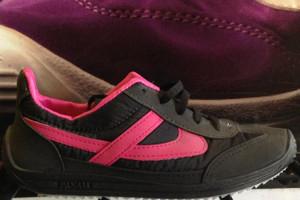 Panam - Black & Fushia Unisex Sneaker