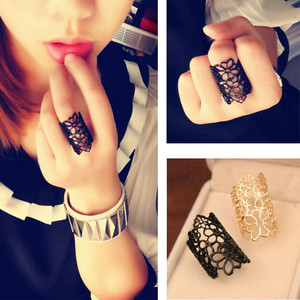 Floral Flexible Ring
