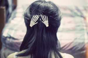 Skeleton Hands Hair Slides